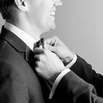 tie-straighten